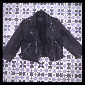 Adorable cropped leather motorcycle jacket